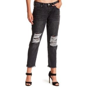 Ashley Mason Lace lined distress Kendal jeans 6717